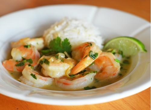 Креветки по-тайски с пастой зелёной карри фото