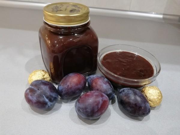 Шоколадное варенье из слив