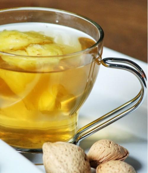 Напиток из зеленого чая с ананасом