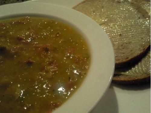 Финский суп из сушёного гороха