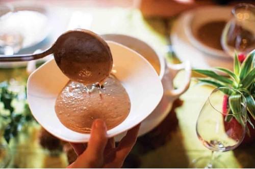 Крем-суп из каштанов со сливками