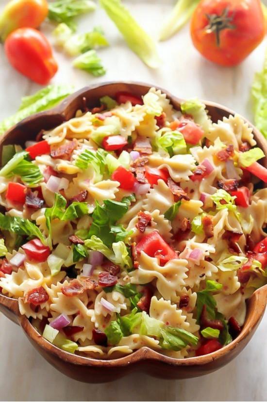 "Салат из макарон ""Бантики"""