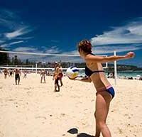 Расходуем калории на пляже